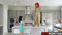Hot MILF Alana Cruise hires a clown for her birthday and got surprise when the horny clown gave her an awesome birthday sex. thumbnail