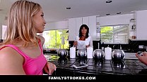 FamilyStrokes - College Bro Cums Home To Horny SIs صورة