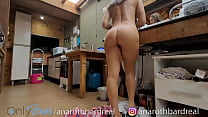 Esposa safada lavando a louça e ... - @anarothbardreal