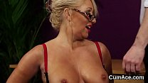Naughty babe gets cumshot on her face swallowing all the jism