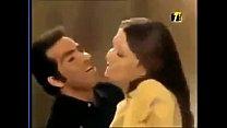 11716 شمس البارودي ترقص بقميص النوم وقبلات ساخنه  ١٨ - YouTube preview