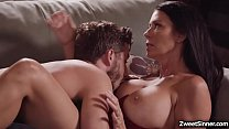 Hot and horny neighbor Lucas Frost likes this busylicious MILF Regan Foxxx and hooks up with her and gave her the best fuck of her life.
