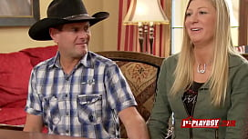 Joe and Kristen go over contract before embracing the lifestyle
