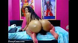 Latina MILF Big Round Ass on Webcam - ProxyCams.com