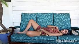 Yanks Beauty Jay Elle'_s Hot Hip Movements