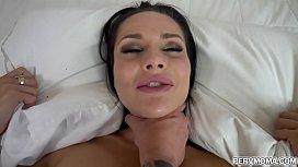 Site porno gratuit belle-mere, et belle-fille lesbienne