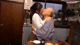 Granddaughter In Law Fuck Intrigued With Grandfather Con Dau Dit Vung Trom Voi Bo Chong Hot