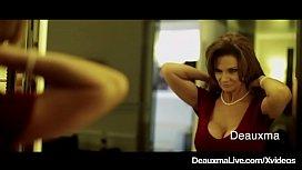 Texas Cougar Deauxma Bangs Bellhop Brit Keni Styles!