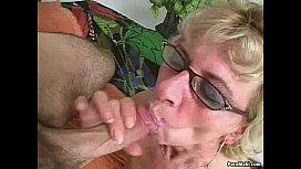 Porn mature moms hard sex