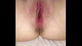 Amateur girlfriend stuffing wet pussy