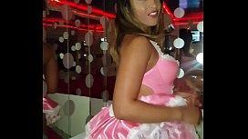 Briana Banderas Conejita con un chupachups en un privado de un club