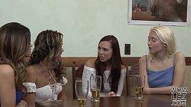Hot lesbian couple Prinzzess and Vanessa Veracruz