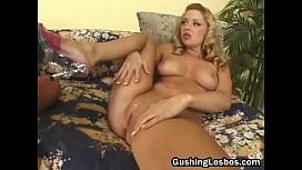 Mature lesbo slut gets fucked with dildo