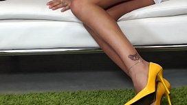Sofia Cucci anale e squirt in diretta
