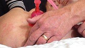 Mature Wife Enjoys Creamy Orgasm Using Pussy Pump