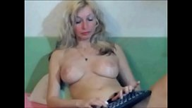 mom with big tits - LIVE ON www.sexygirlbunny.tk