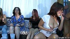 Online porn masturbation lesbians