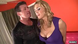 Mommy Is Very Horny and Don'_t Want to Get Lock up