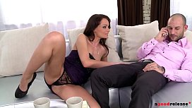 No man could resist leggy bomshell Sophie Lynx'_s double penetration skills