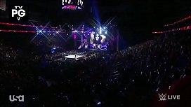 Nikki Bella vs Paige. Raw 3 2 15.