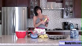 Slut Sexy Housewife (Veronica Avluv) With Big Tits Enjoy Hard Sex On Cam vid-28