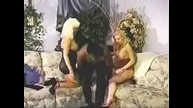 Jeune gay sperme dans le cul porno