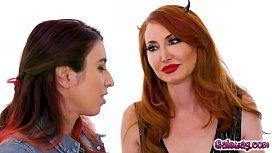 Born devil Kendra James and an angel Mona Wales eats Serenas pussy