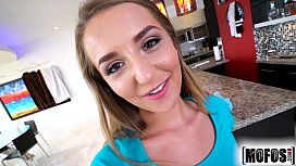 Mofos.com - Avery Adair - I Know That Girl