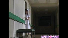 Emiri Aoi nurse loves using vibrator on body