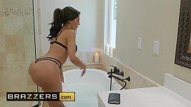 Real Wife Stories - (Lela Star, Keiran Lee, Michael Vegas) - Bubble Double Trouble - Brazzers