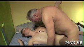 Topnotch diva Maggies finds a big schlong
