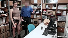 LP Officer whips out his cock for Scarlett Bloom!
