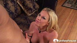 Blonde babe gets slammed by a big donger