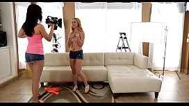 Slutty teen babes with admirable bodies feel well at the casting