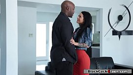 Sexy applicant fucks boss black dick