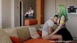 MARISKAX The perverted family with Lisa Ly and Liz Rainbow