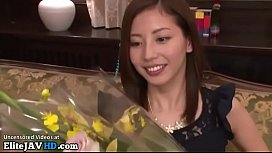 Japanese beauty queen squirts with her fans