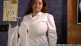 Mature aunt in the ass porn videos