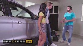 Teens like it BIG - (Gina Valentina, Lily Jordan, Danny D) - Fixer-Upper Daughter Stuffer - Brazzers