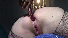 Mature wife Natasha big ass