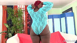 Thick black girl uses sex toys