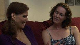 MILF feeling like a lesbian schoolgirl - Veronica Snow, Syren De Mer