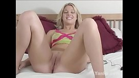 Yanks Blondie  Hollie Stevens Cums