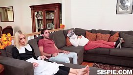 Emily Willis, Sky Pierce Thanksgiving Day Sex With Pilgrims And Pussies