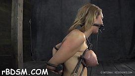 Russe maison porno lesbienne orgasme