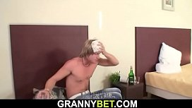 Cleaning mature rides his big cock