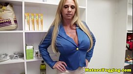 Nouveau porno russe avec des meres matures