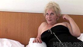 Femme en bas porno histoire