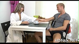 Mouthwatering hottie widens legs for hardcore treatment