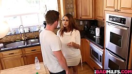 Penelope Reed shares her boyfriends cock with Miss Raquel!